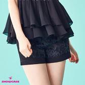 【SHOWCASE】蕾絲花拼接俏麗短褲(黑)
