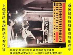 二手書博民逛書店1978年罕見THE CAMERA AT WAR WAR PHO
