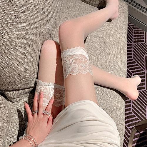 克妹Ke-Mei【AT62363】來玩遊戲吧~性感小惡魔誘惑蕾絲大腿襪