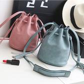 水桶包 女士新款包袋韓版時尚水桶包女式流蘇復古包LJ7878『miss洛羽』