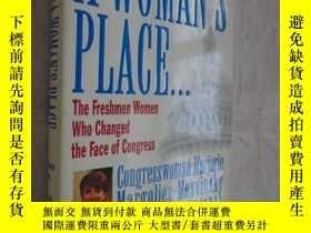 二手書博民逛書店A罕見Women s Place...The Freshmen Women Who Changed the Fac