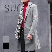 男 厚磅/窄版/長版/長版大衣 L AME CHIC 平駁領手臂字母燙巾設計修身大衣【 ETCO101902 】