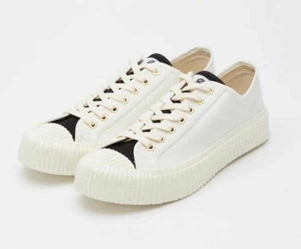 ISNEAKERS EXCELSIOR 白色黑鞋舌 帆布鞋 餅乾鞋 CF_M6017CV_TW 台灣限定 人氣著用商品