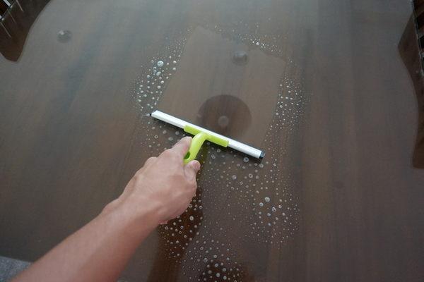 台灣製造品質保證 手握 洋式刮水玻璃刷(刮水板 刮刀 刮水刀 刮水器)20公分