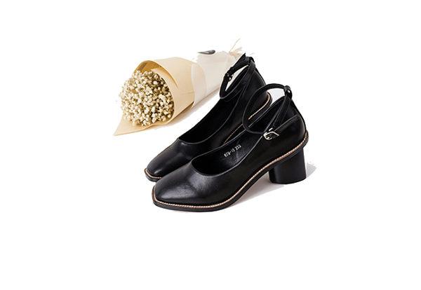 歐美方頭皮帶扣粗跟瑪麗珍跟鞋 鏤空繞腳低跟復古包鞋 mo.oh (歐美鞋款)