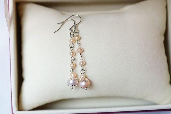 珍珠可以促進血液循環、緩解習慣性頭痛、失眠、便秘、全身疲憊等病症的緩解。S26