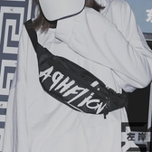 日系男士斜背包潮小包街頭潮流胸包運動嘻哈肩背包【左岸男裝】