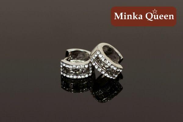 德國鈦鋼 鐵灰三排滿鑽造型 精緻水鑽、鋯石抗敏易扣耳環(一對)(14 mm)
