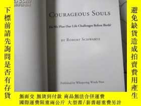 二手書博民逛書店Courageous罕見Souls by Robert Schw