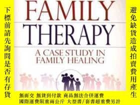 二手書博民逛書店Inside罕見Family Therapy: A Case Study In Family Healing-家庭
