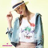 【SHOWCASE】率性玫瑰印花V領後交叉寬版T恤(白)