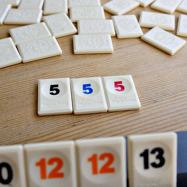 現貨24小時快出 桌遊拉密以色列麻將卡牌拉密牌數字麻將牌便攜版棋牌玩具桌面游戲