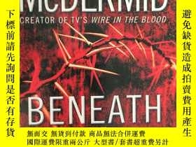 二手書博民逛書店VAL罕見MCDERMID BENEATH THE BLEEDI