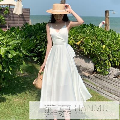 法式復古緞面性感超仙白色吊帶洋裝海邊度假風露背沙灘長裙女夏 萬聖節狂歡