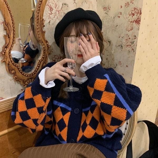 港風復古菱格毛衣外套女2020年秋冬季新款寬鬆慵懶風針織開衫上衣