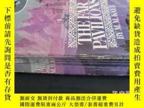 二手書博民逛書店THE罕見FAR PAVILIONSY5919 不詳.