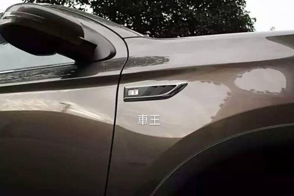 【車王小舖】三菱 Outlander 2017 葉子板裝飾貼 鯊魚鰭 車標 銘牌 日規