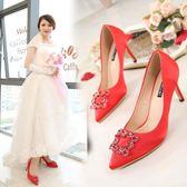 2018紅色高跟新款尖頭水鉆方扣新鞋細跟綢緞婚紗鞋WL2349【衣好月圓】
