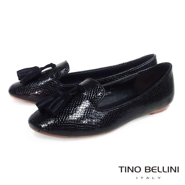 ★零碼出清★Tino Bellini 漆皮蛇紋佐流蘇小方頭樂福鞋(黑) IN1117 網路限定價