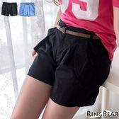 短褲--獨特品味口袋外翻造型附腰帶壓折素面短褲(黑.藍XL-4L)-R145眼圈熊中大尺碼