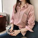 EASON SHOP(GU8747)韓版撞色細直條紋單口袋前排釦薄款長袖襯衫外套女上衣服落肩寬鬆顯瘦長版修身