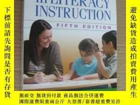 二手書博民逛書店Best罕見Practices In Literacy Inst