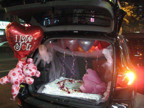 情意花坊網路花店!生日快樂汽車佈置~專人佈置大台北縣市~只要2000元
