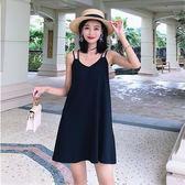泰國度假沙灘裙2019新款性感小心機露背連身裙顯瘦吊帶裙小黑裙女 衣櫥秘密