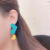 韓國直飛-高彩度愛心不對稱耳環-抗敏鋼針-耳針-042802-pipima