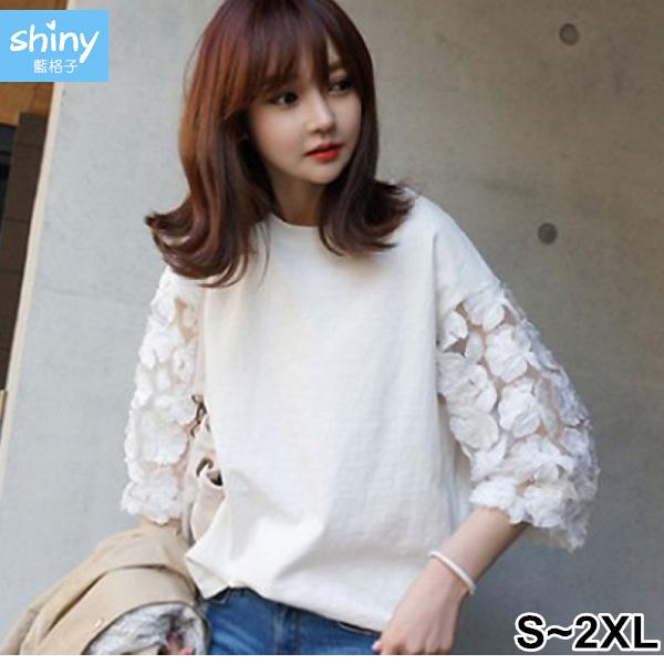 【V2478】shiny藍格子-甜心蔓延.圓領蕾絲拼接七分袖上衣