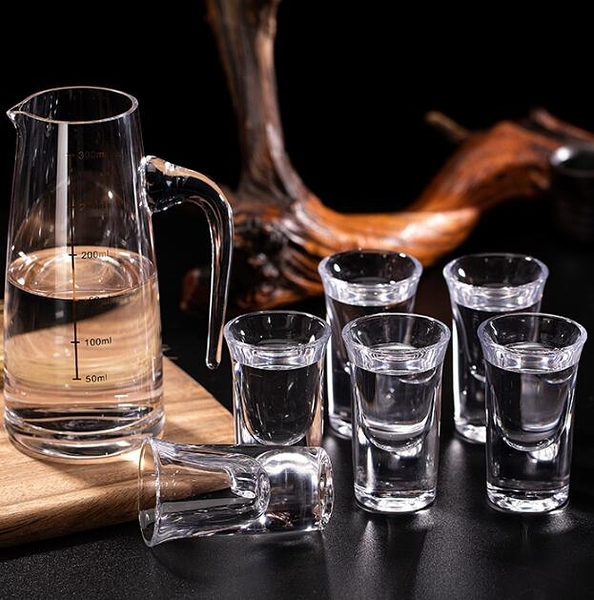 酒杯 白酒杯家用小號玻璃烈酒小酒杯一口子彈杯一兩2兩分酒器套裝中式【快速出貨八折下殺】
