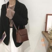 復古小包包女韓版時尚小方包高級感側背斜背包【橘社小鎮】