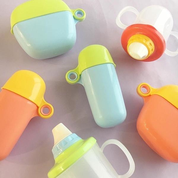 日本 inomata 幼兒鴨嘴學習馬克杯/孩童學習杯 Baby Mug系列 230ML -粉橘色【1924】