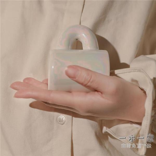 香氛蠟燭 流云貝殼色!Verbena Linn香氛植物香薰蠟燭小白包
