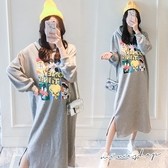 孕婦裝 MIMI別走【P521299】專櫃品質 加厚棉圈連帽印花連身裙 洋裝 長裙