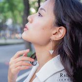 Rshow Vogue 三角幾何 時尚造型耳環 白金色 REA02231W