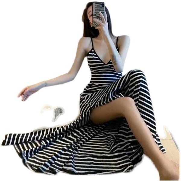 長裙 洋裝M-3XL韓版chic風性感細肩帶V領吊帶裙子純色修身長款露背連身裙女4F120-A.8915 依品國際