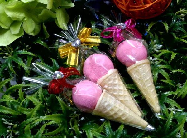 粉嫩草莓甜筒棉花糖/50份(謝客禮.婚禮小物.二次進場.喜糖.年貨)
