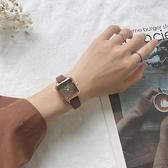 女生手錶 chic北歐小眾手表女簡約氣質方形小表盤 ins風網紅復古文藝學院風【快速出貨八折下殺】