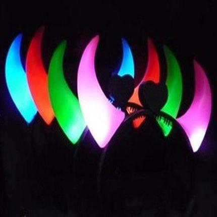 LED燈 大號 牛角 犀牛角 牛魔王髮箍 頭飾 演唱會 螢光棒 PARTY 萬聖節 尾牙 求婚【塔克】