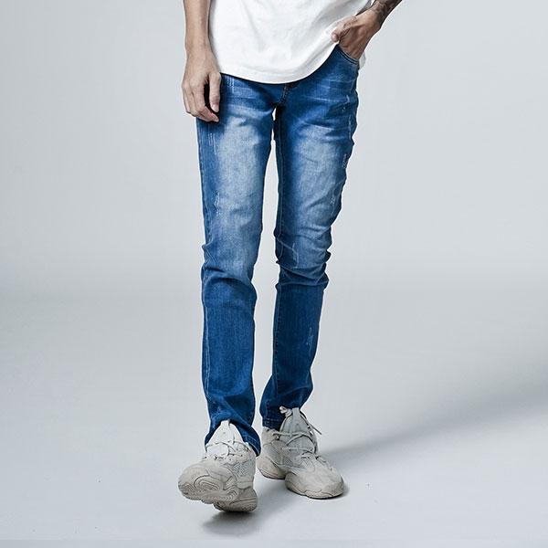 爪痕牛仔褲【UN-2120】(ROVOLETA)