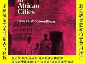 二手書博民逛書店Traditional罕見Housing in African