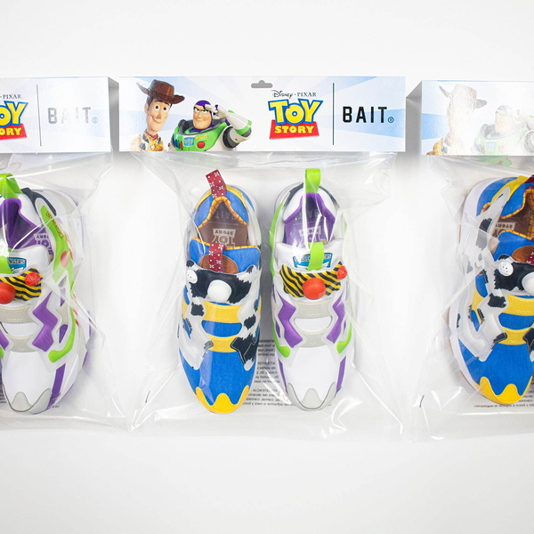 IMPACT Reebok Insta Pump Fury Buzz Woody 玩具總動員 巴斯 胡迪 EG7834