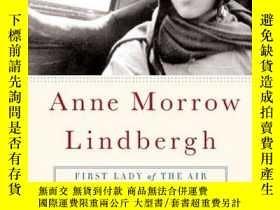 二手書博民逛書店Anne罕見Morrow Lindbergh: First Lady of the Air-安妮·莫羅·林德伯格: