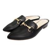 MICHELLE PARK 時髦 ‧ 尖頭馬銜扣低跟穆勒鞋-黑