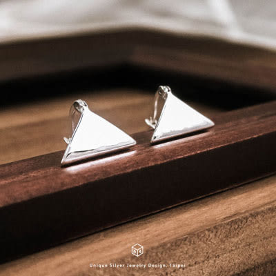 極簡手作 三角形 純銀耳環-ART64