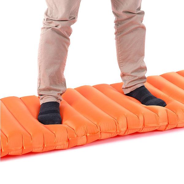 PUSH! 戶外休閒登山用品按壓式充氣墊睡墊防潮墊床墊野餐墊瑜伽墊P61