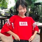 EASON SHOP(GU2675)綁帶子圓領短袖T恤五分袖女上衣白色棉T英文印刷字母夏韓寬鬆縷空半截喇叭袖紅色
