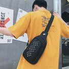 【5折超值價】經典潮流鳩頭風格鉚釘造型百搭休閒單肩包