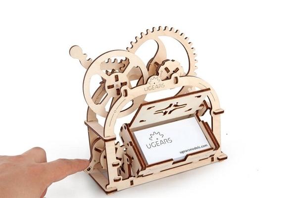 Ugears 機動名片盒 MECHANICAL ETUI 可動組裝收藏 烏克蘭製造 交換禮物